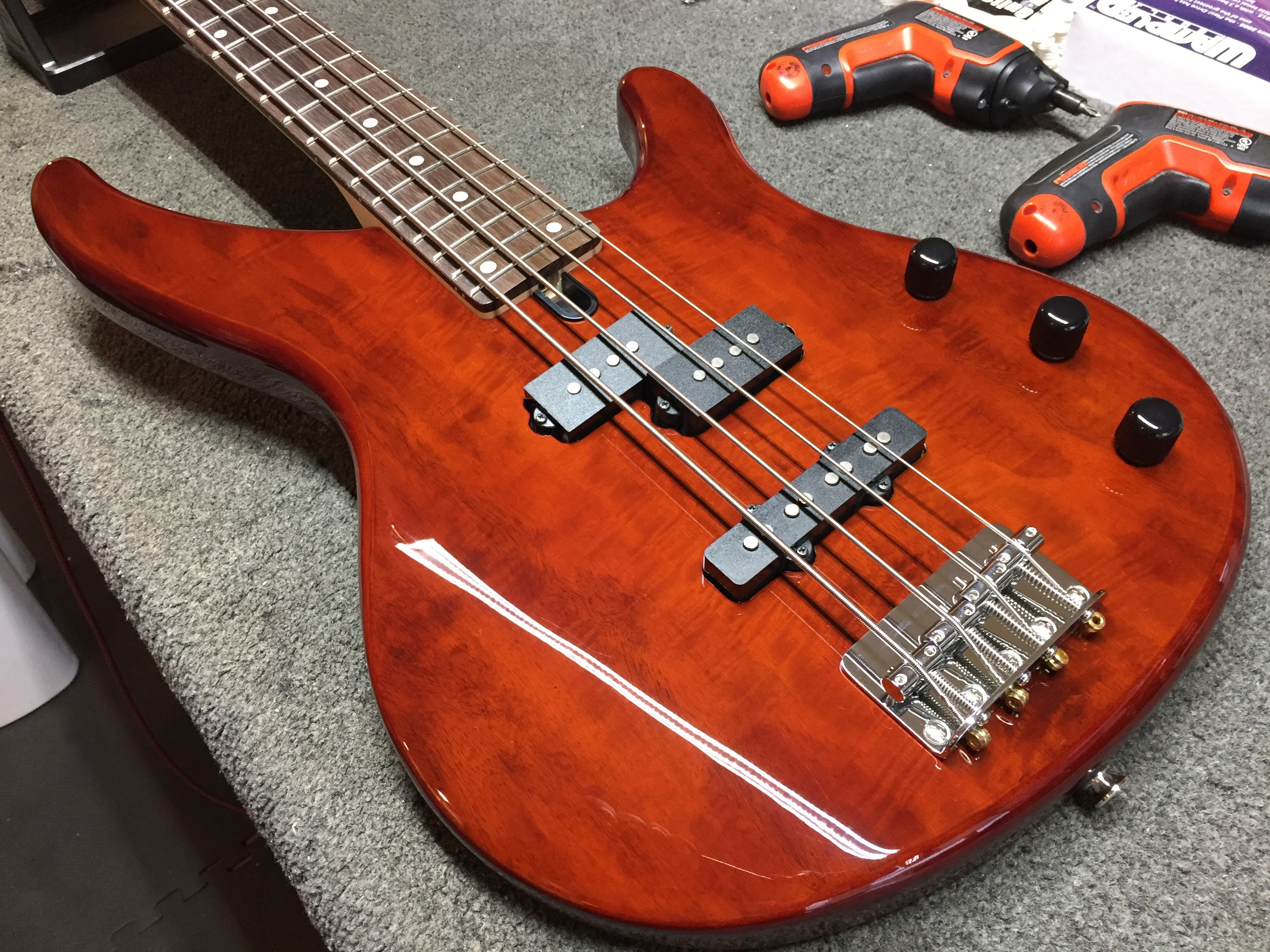 yamaha pj bass in for a setup guitars united