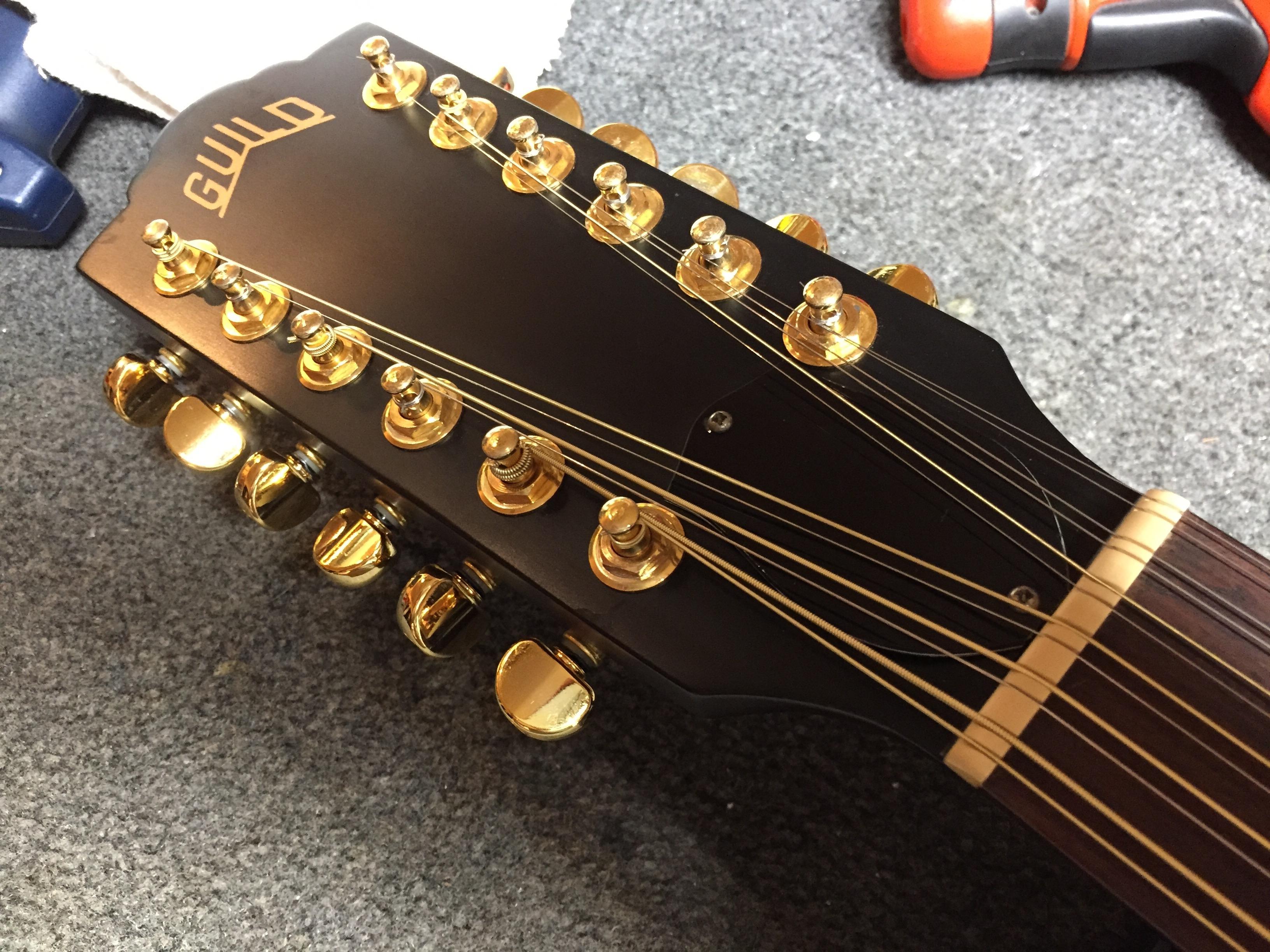 guild 12 string in for a lr baggs anthem acoustic pickup install guitars united. Black Bedroom Furniture Sets. Home Design Ideas