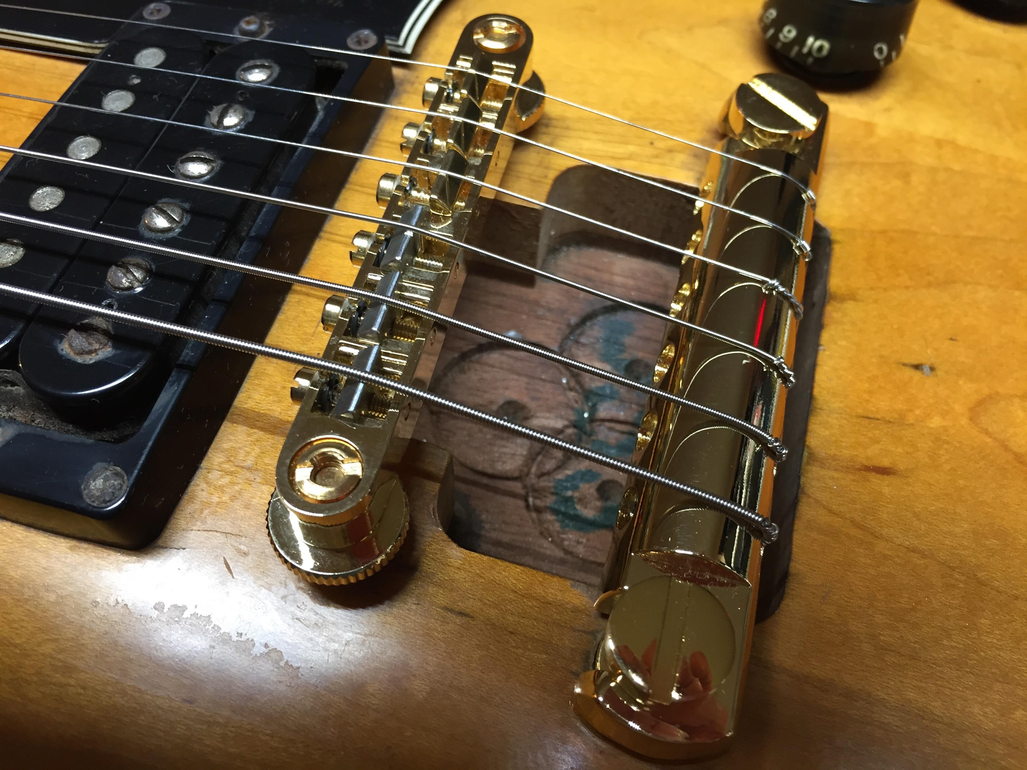 Gibson Guitars For Sale >> 1983 Gibson Les Paul Custom in for some new bridge ...