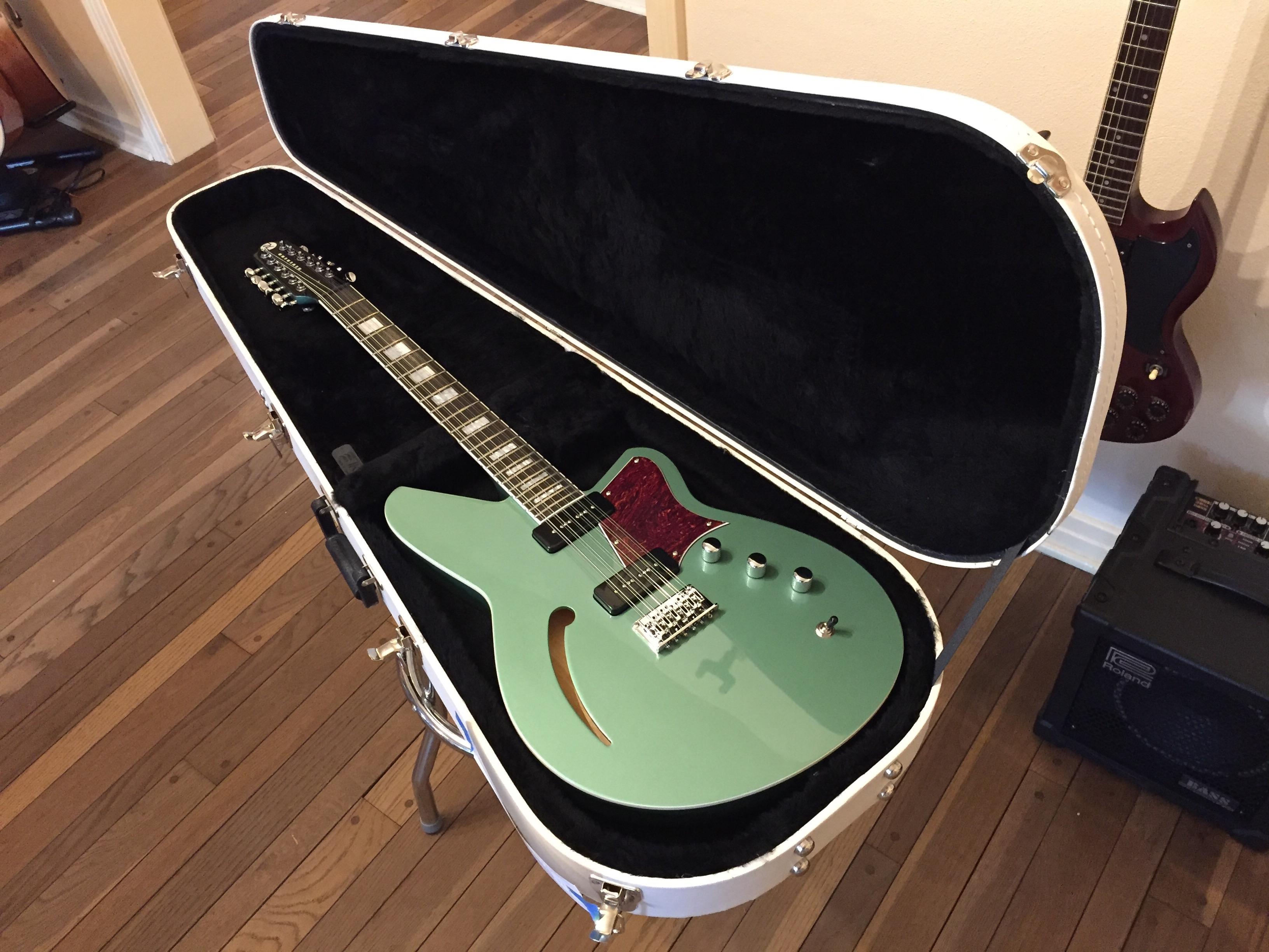 reverend airwave 12 string electric in for a setup guitars united. Black Bedroom Furniture Sets. Home Design Ideas